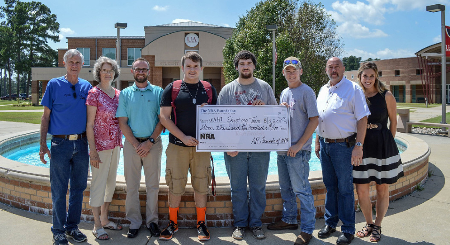 NRA Awards $3,200 Grant to Collegiate Shooting Team