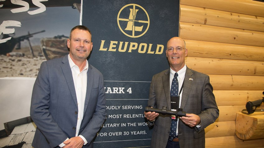 Leupold Presents USMC Mark 4 Riflescope to NRA's Doug Hamlin