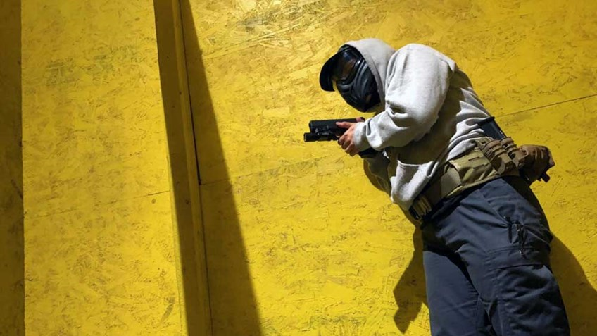 Shooting Illustrated: Personal-Defense Training: Armed Movement in Structures