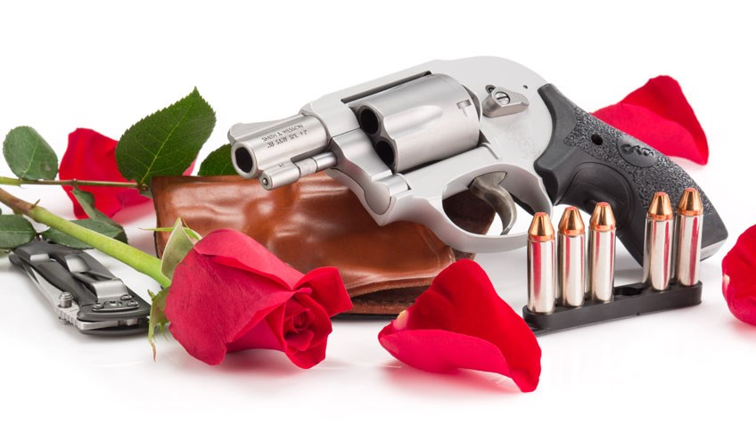 Shooting Illustrated: Snubnose Revolvers -- Tried-and-True for Concealed-Carry Use
