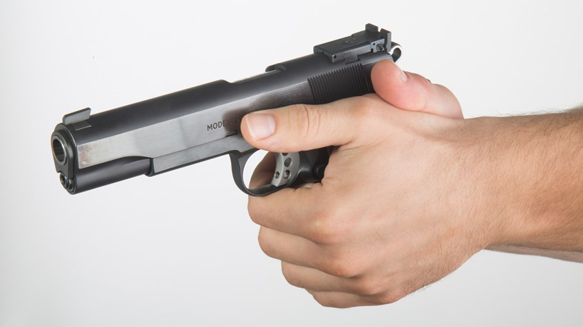 Our Guide To Finding Your Best Pistol Grip & Stance