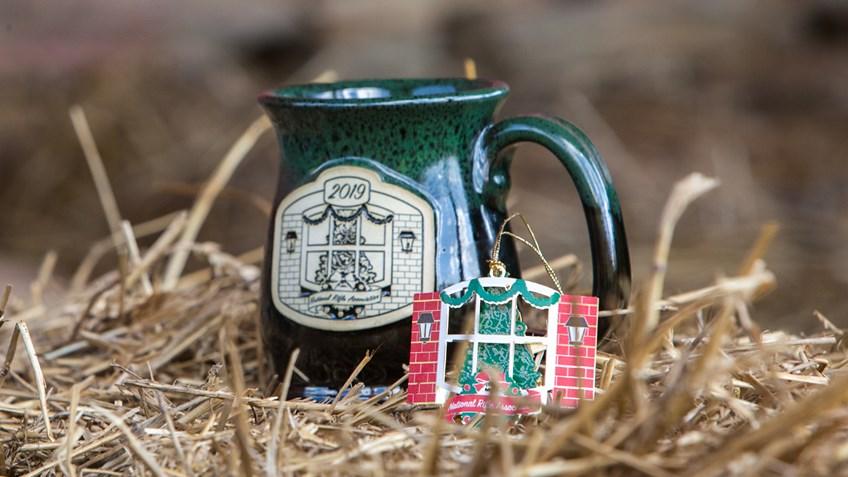 Time to Order Your 2019 NRA Christmas Ornament and Mug